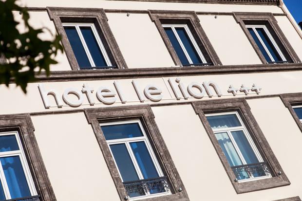 Façade - Hôtel Le Lion